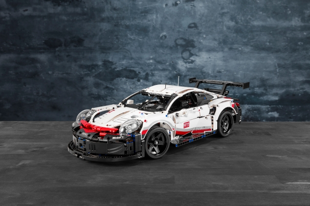 LEGO 42096 TECHNIC Porsche 911 RSR 5